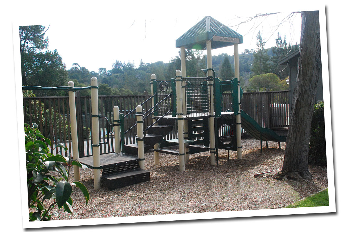 tour_playstructure2